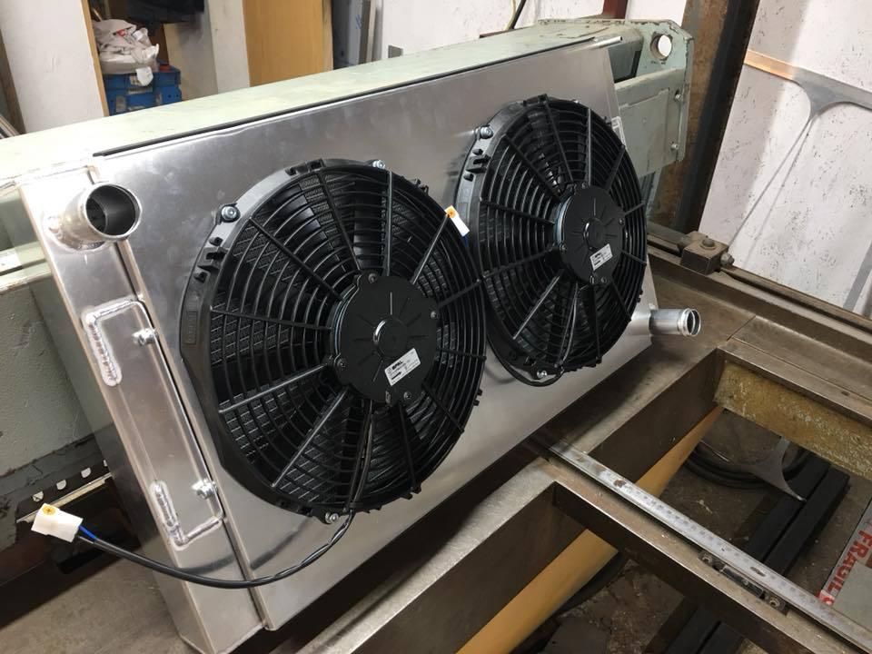 Offroad racecar radiator and fan kit